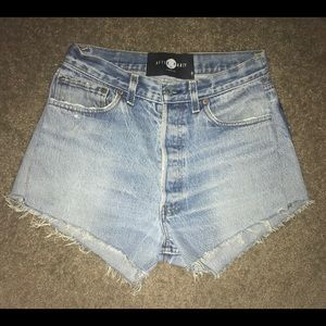 🌟After party Levi's star shorts 🌟